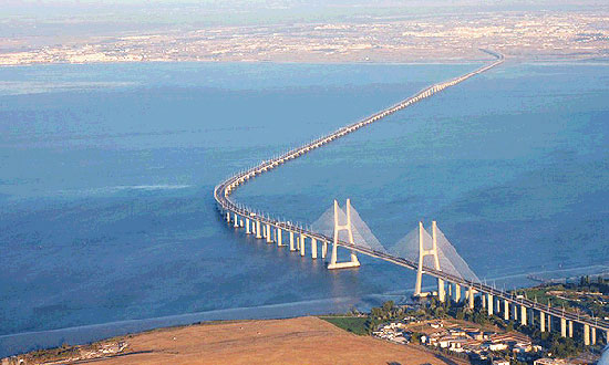 3 d Vasco da Gama Bridge